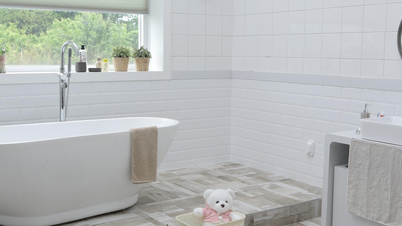 Jak stworzyć własne królestwo czystości, czyli łazienka - inspiracje dla wielkich i małych pomieszczeń