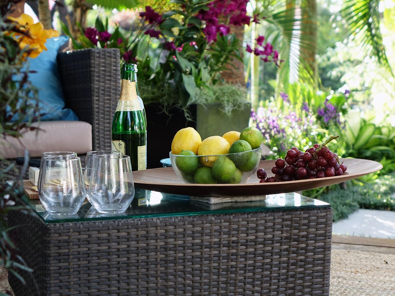 Jakie dobrać meble do ogrodu i na taras?