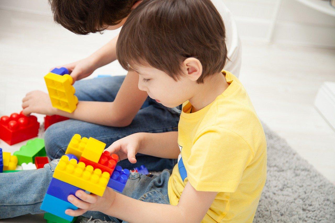 Dywan do pokoju dziecięcego - jak wybrać odpowiedni dywan?